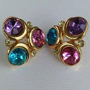 VINTAGE Trifari Gold Plated Pink Purple Blue Stone